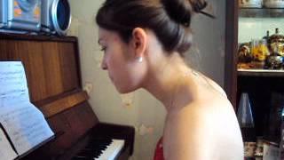 Фрагмент урока фортепиано у Арманы