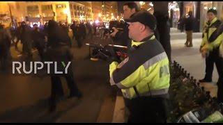 USA: Police unleash tear gas on anti-Trump protesters on inauguration eve