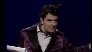 "Rowan Atkinson Live Part 1/12 - ""A Warm Welcome"""