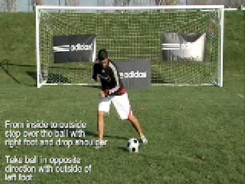 how to do scissor cut in football