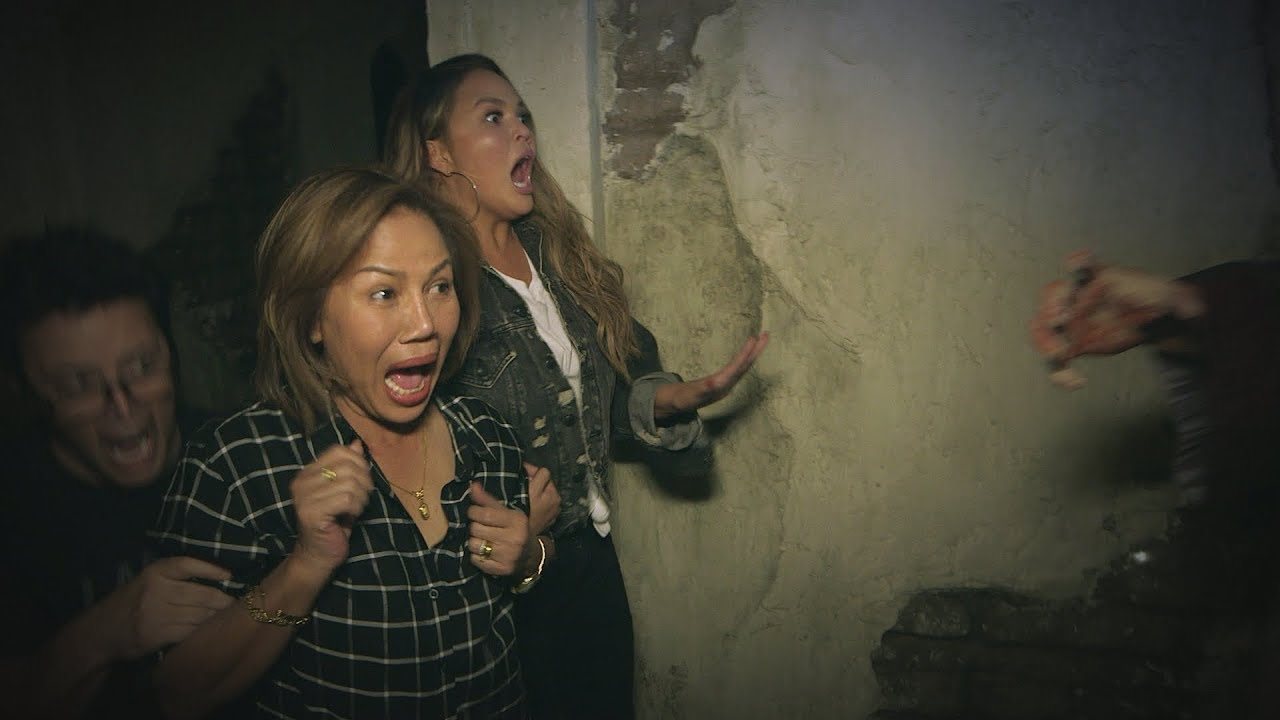 Average Andy Chrissy Teigen And Her Mom Go Through A Haunted House