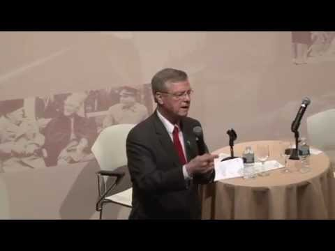 Bob Edgar, President and CEO of Common Cause, in Conversation with Jonathan Fanton (Excerpt)