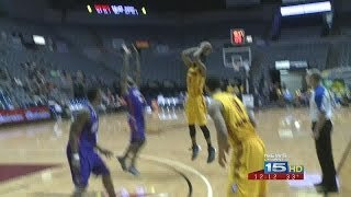 Late Three Lifts Mad Ants Past Iowa