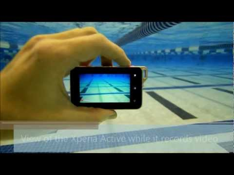 Sony Ericsson Xperia Active While Underwater and Swimming