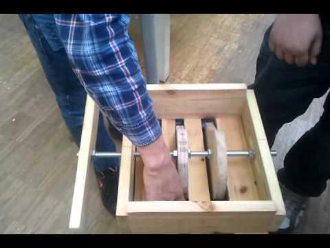 pet flaschenpresse h ndisch youtube. Black Bedroom Furniture Sets. Home Design Ideas