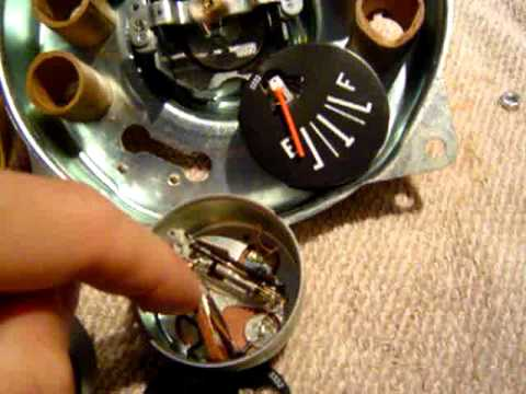 CJ7 Gauges Fuel & Temp - YouTube