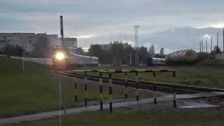 Пассажирский тепловоз ТЭП70-0207 с фирменным поездом №39
