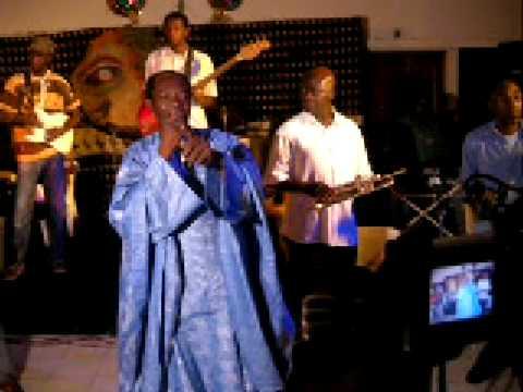Pape Fall & l'African Salsa - Live  13ème Anniversaire - Dakar - Sénégal