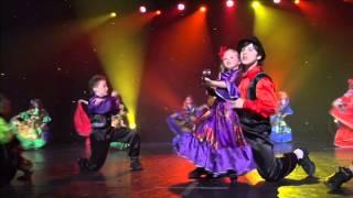 маленькая девочка классно  танцует Викуся Родионова 5 лет  Цыганочка