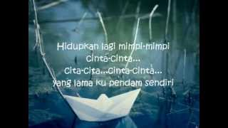 Video Perahu Kertas-Maudy Ayunda With Lyrics download MP3, 3GP, MP4, WEBM, AVI, FLV Juli 2018