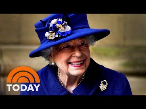 Queen Elizabeth Back At Windsor Castle After Spending Night In Hospital