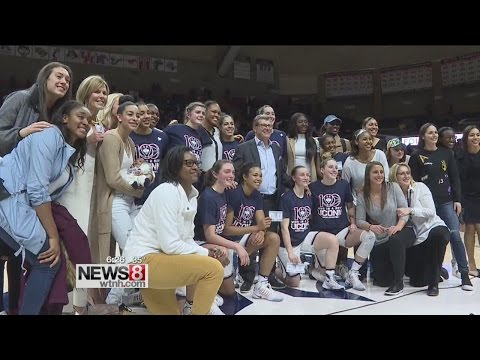 Former UConn stars react to 100th straight win