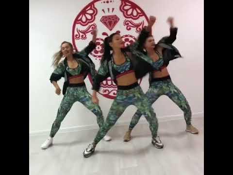 Dura - Daddy Yankee - Kvartal Dance