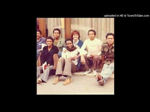 HO FANAFODY--MAHALEO--1987.