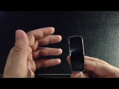 Unboxing and initial setup of the Samsung Galaxy Fit