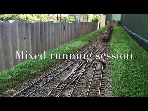 O gauge running session on the garden layout