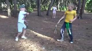 Кунг Фу для детей! Тренировки Грифончиков на природе.
