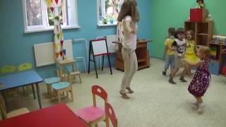 Урок английского языка в группе Я умею петь по-английски (игры) дети 3 и 4 лет