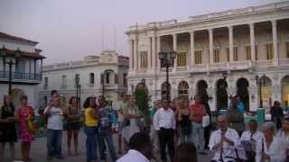 "La Banda Municipal de Santiago de Cuba ""YO SI COMO CANDELA"""