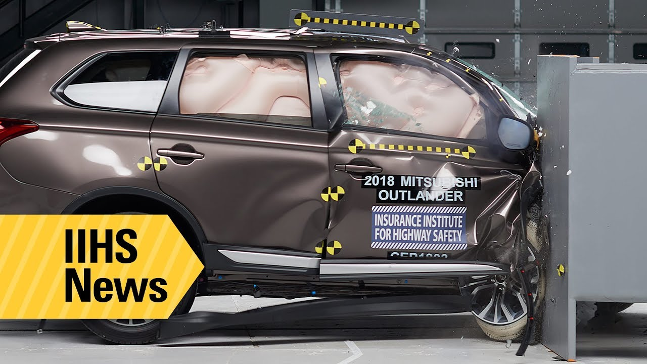 Iihs Safety Ratings >> New Passenger Side Ratings For 7 Small Suvs Iihs News