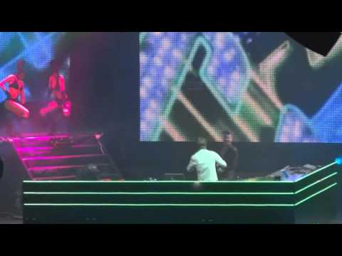 Armin van Buuren feat. Christian Burns & Bagga Bownz - Neon Hero [HD.]