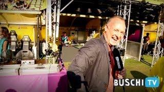 Buschi entdeckt.. ..den Signal Iduna Park (und stürmt den Ü-Wagen)