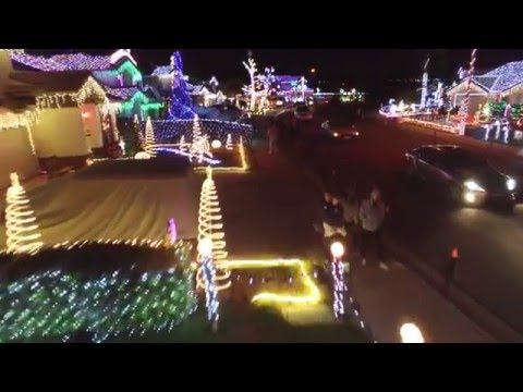 Bainbridge Circle Holiday Extravaganza 2015 (Official)(28 synced homes)