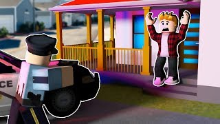 💎 ESCAPE THE POLICE WITH MAD CITY! AND ROBLOX HISTORY #2 💎