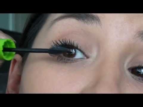 8b7796c2b47 Mascara Great Lash Lots of Lashes Maybelline - YouTube