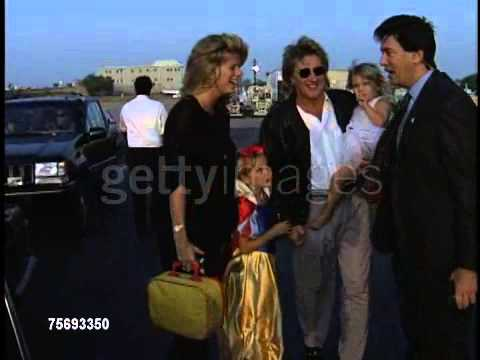 ROD STEWART AND DAUGHTERS (1994)