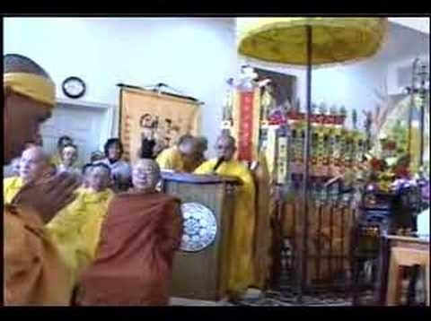 Tang Le Co Hoa Thuong Thich Duc Niem 49/76