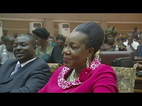 RCA: Catherine Samba-Panza apela à deposição das armas