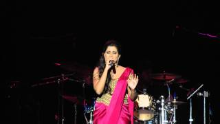 Gambar cover Chaar Kadam - Shreya Ghoshal LIVE in San Jose 2015