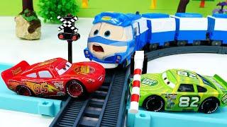 Download Маквин и Чико спешат на гонку. Видео про машинки - игры для детей. Mp3 and Videos