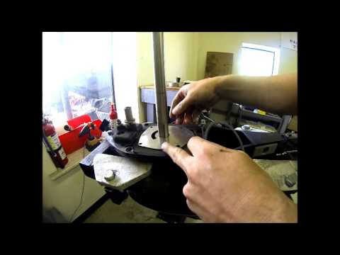 How To Replace Water Pump >> How to Replace the Water Pump Impeller on a Mercury ...