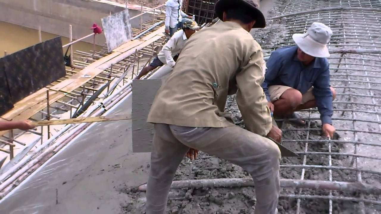 Technical Construction Of Spillway Casting Concrete Of Rcc