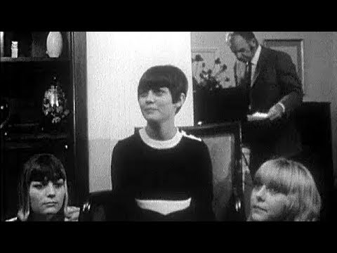 "Mireille Mathieu - Interview du film ""Fabricants d'idoles"" (15.12.1966)"