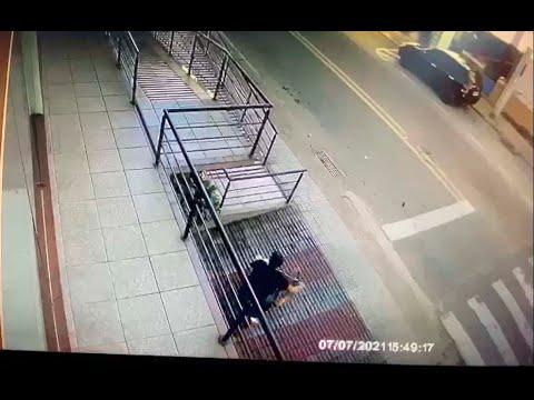 Andarilho rouba bicicleta de R$ 20 mil em 30 segundos