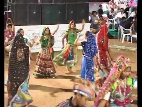 Gujarati Garba Song Navratri Live 2011 -...