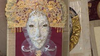 Жительница Тотьмы создала галерею карнавальных масок из папье-маше