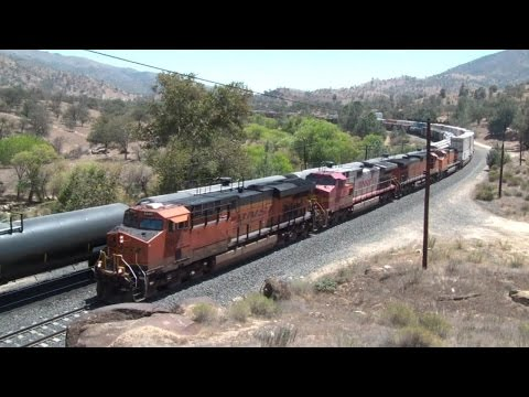Railfanning Tehachapi Pass in August 2015 Part 2 HD