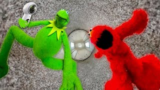 Kermit The Frog and Elmo get a 360 Camera!