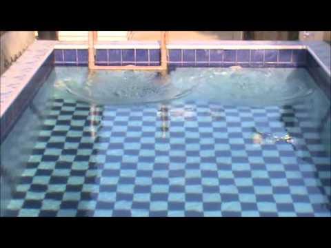 Constru o de uma piscina em casa youtube - Piscinas para casas ...