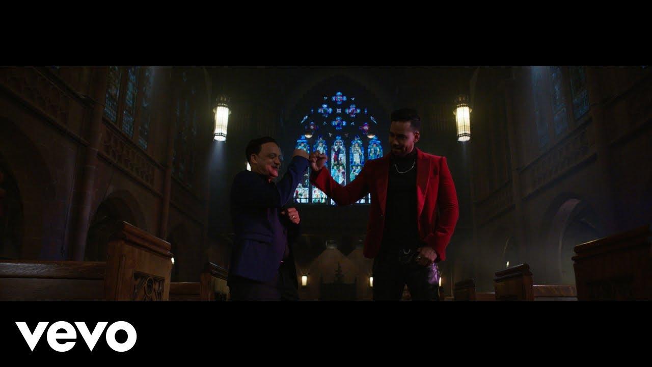 Download Romeo Santos, Kiko Rodriguez - El Beso Que No Le Di (Official Video)