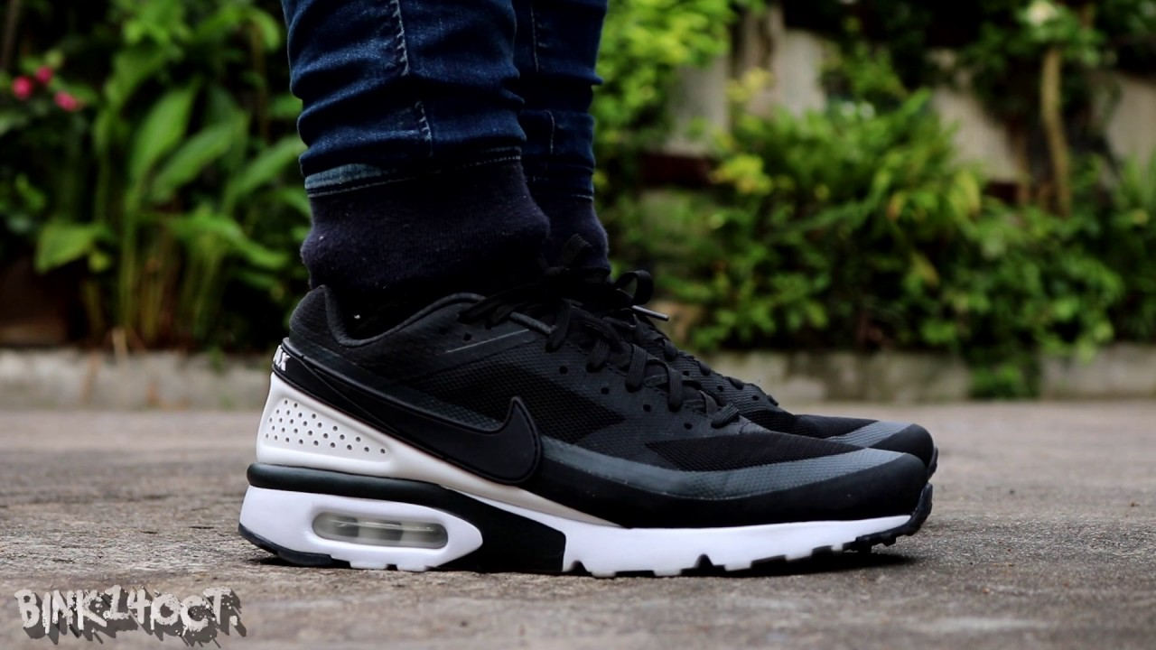 023bcbf23f Nike Air Max BW Ultra - Black / White (Review + On Feet) - YouTube