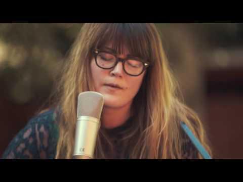 """Sara Watkins - """"Move Me"""" // The Bluegrass Situation"""