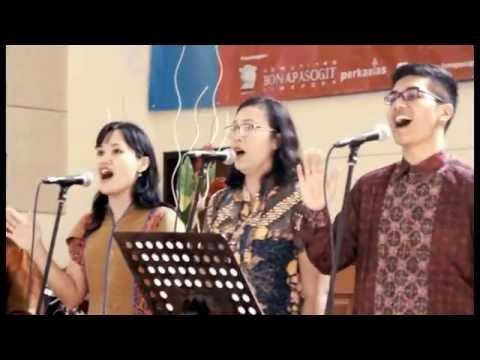 Medley: Satu Dalam Kasih - Kami Berkumpul Memuji-Mu