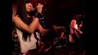 Shonen Knife - Twist Barbie (Live @ Dingwalls, London, 29/09/13)