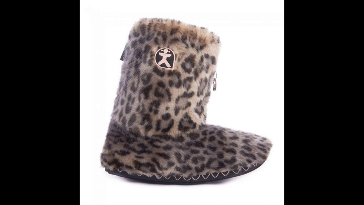 Bedroom Athletics - These slipper boots are made for chilling!