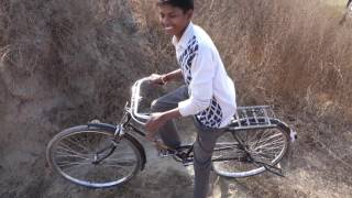 Toyota Fortuner vs Bicycle: Downhill :D